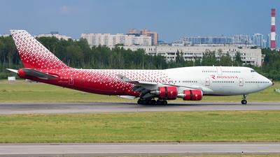 A picture of EIXLG - Boeing 747446 - Rossiya - © Ivan Goreza