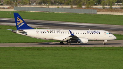 P4-KCG - Embraer 190-100LR - Air Astana