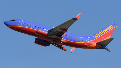 N915WN - Boeing 737-7H4 - Southwest Airlines