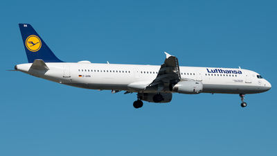 A picture of DAIRN - Airbus A321131 - Lufthansa - © harrydd