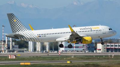 EC-MAO - Airbus A320-214 - Vueling