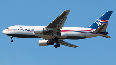 A picture of N743AX - Boeing 767232(BDSF) - Amerijet International - © Luis Portillo