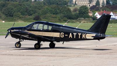 A picture of GATTK - Piper PA28140 - [2821959] - © Hawkwind