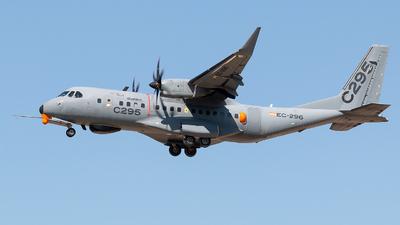A picture of EC296 - CASA C295M - Airbus - © Rodrigo Train