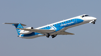 UR-DNT - Embraer ERJ-145LR - Dniproavia