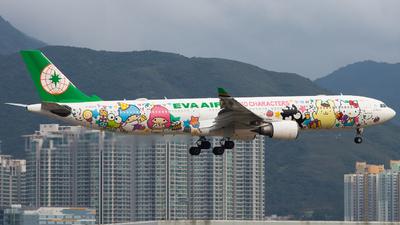 A picture of B16333 - Airbus A330302 - EVA Air - © Alvin.L