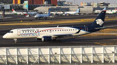 A picture of XAAEL - Embraer E190AR - Aeromexico Connect - © Alejandro de Alba