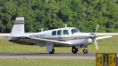 N7144V - Mooney M20F Executive 21 - Private