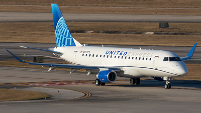 A picture of N85373 - Embraer E175LL - United Airlines - © Roger M