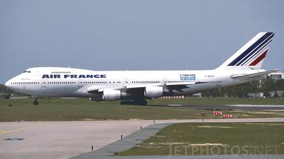 F-BPVY - Boeing 747-228B - Air France