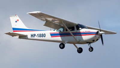 HP-1880 - Cessna 172M Skyhawk - Private