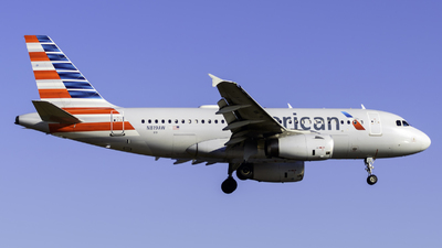 N819AW - Airbus A319-132 - American Airlines