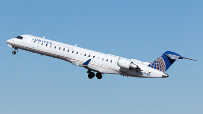 A picture of N796SK - Mitsubishi CRJ701ER - United Airlines - © Yixin Chen
