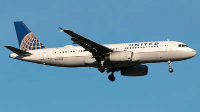 N409UA - Airbus A320-232 - United Airlines