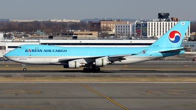 HL7499 - Boeing 747-4B5ERF - Korean Air Cargo