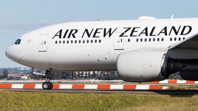 ZK-OKB - Boeing 777-219(ER) - Air New Zealand