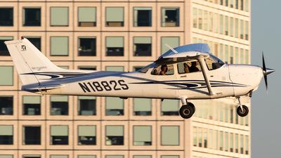 A picture of N1882S - Cessna 172S Skyhawk SP - [172S9930] - © Alex Crail