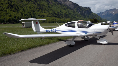 HB-SGE - Diamond DA-40 Diamond Star - Private