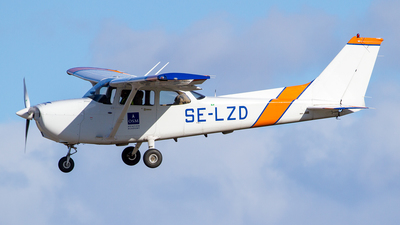 SE-LZD - Cessna 172R Skyhawk II - Scandinavian Aviation Academy