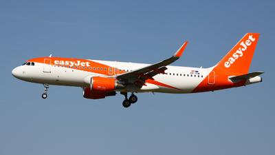 OE-IVW - Airbus A320-214 - easyJet Europe