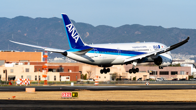 A picture of JA818A - Boeing 7878 Dreamliner - All Nippon Airways - © JG-Ziro