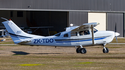 ZK-TDO - Cessna T206H Stationair TC - Private