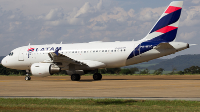 A picture of PRMYC - Airbus A319112 - LATAM Airlines - © Dotto