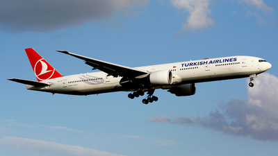 A picture of TCJJI - Boeing 7773F2(ER) - Turkish Airlines - © Fedor Kabanov