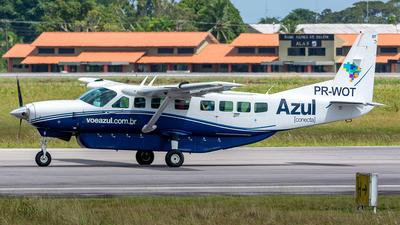 A picture of PRWOT - Cessna 208B Grand Caravan - Azul Linhas Aereas - © Leonardo Carvalho