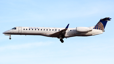 N18102 - Embraer ERJ-145XR - United Express (ExpressJet Airlines)