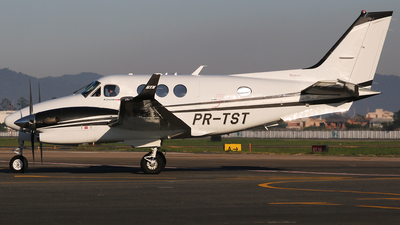 PR-TST - Beechcraft C90GTx King Air - Private