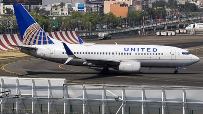A picture of N25705 - Boeing 737724 - United Airlines - © Mauri_0307