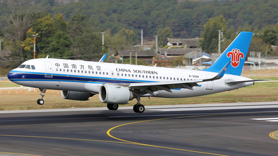 B-306M - Airbus A320-251N - China Southern Airlines