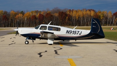 N9157J - Mooney M20M - Private