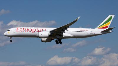 A picture of ETAWO - Airbus A350941 - Ethiopian Airlines - © Liu Yonggang
