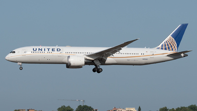 A picture of N26952 - Boeing 7879 Dreamliner - United Airlines - © Gianluca Mantellini