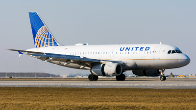 N828UA - Airbus A319-131 - United Airlines