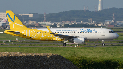 JA08VA - Airbus A320-214 - Vanilla Air