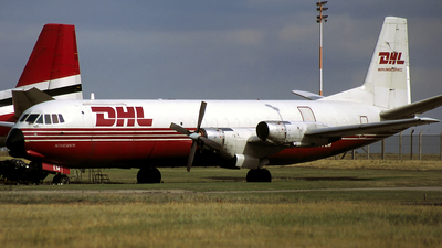 G-APEM - Vickers Vanguard - DHL (Air Contractors)