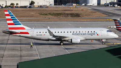 A picture of N240NN - Embraer E175LR - American Airlines - © JinZi