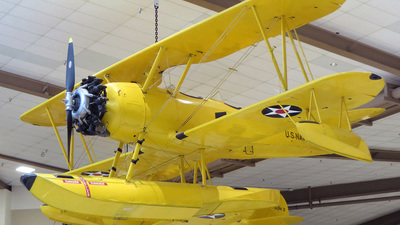 2693 - Naval Aircraft Factory N3N-3 Yellow Peril - United States - US Navy (USN)