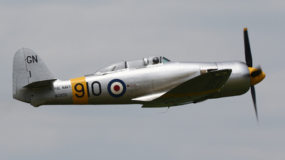 G-INVN - Hawker Sea Fury T.20 - Private
