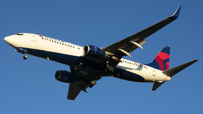 A picture of N393DA - Boeing 737832 - Delta Air Lines - © Michael Rodeback