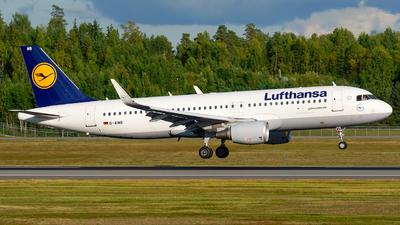 A picture of DAIWB - Airbus A320214 - Lufthansa - © Laszlo Fekete
