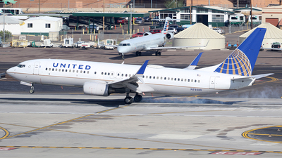 N73283 - Boeing 737-824 - United Airlines