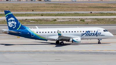 N175SY - Embraer 170-200LR - Alaska Airlines (Skywest Airlines)
