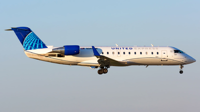 A picture of N945SW - Mitsubishi CRJ200LR - United Airlines - © Kevin Cargo