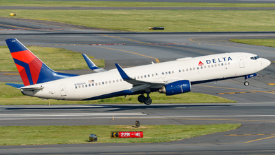 N380DA - Boeing 737-832 - Delta Air Lines