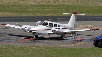 VH-CZI - Piper PA-44-180 Seminole - Airflite