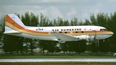 N74KW - Douglas DC-3A - Air Sunshine